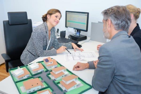 Консультации по вопросам оформления и переоформления объектов недвижимого имущества